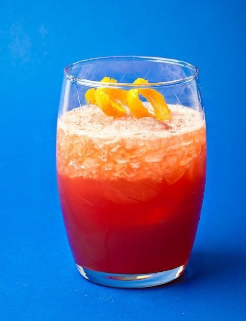 Article-Cocktail-Red-Bitter-Campari-Negroni-Frap-Naren-Young-Saxon-and-Parole-NYC
