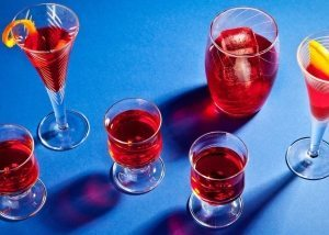 Article-Red-Bitter-Liqueur-Campari-Meletti-Casoni-Contratto-Nardini-Negroni-Spritz-Cocktail