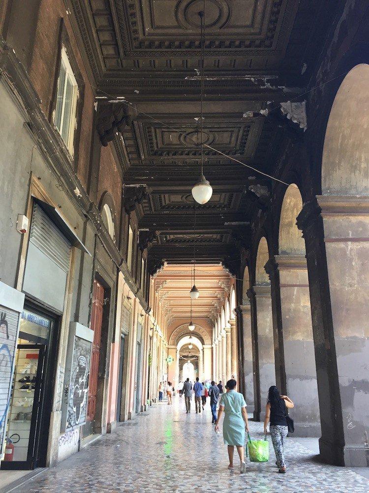 piazza-vittorio-roma-portico